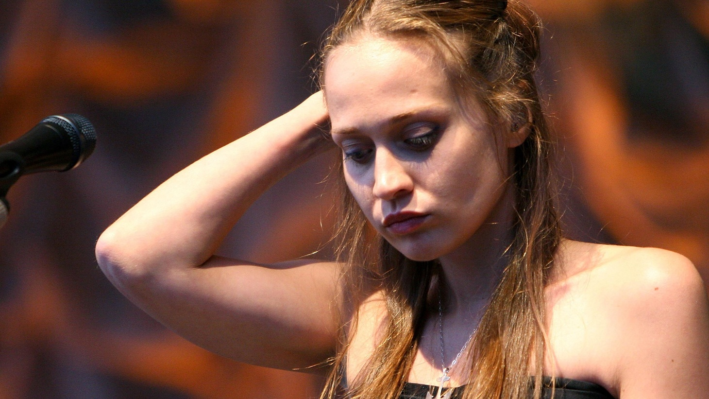 """Buoyant on the wave of critical acclaim to her debut album """"Tidal,"""" Fiona Apple joins Chris Douridas in studio."""