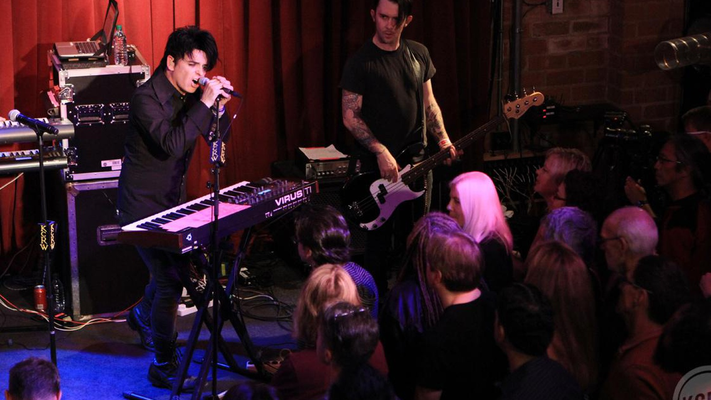 Gary Numan is one of the pioneers of modern electronic music. We recorded a special session at Apogee Studio around his album Splinter (Songs from a Broken Mind).