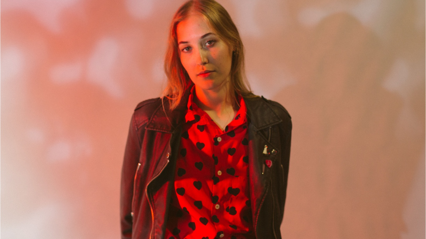 "Aussie singer Hatchie has been dubbed the ""dream pop idol of tomorrow"" by Pitchfork. We see a bright future for this young artist and are happy to welcome her to our studio for her MBE debut."
