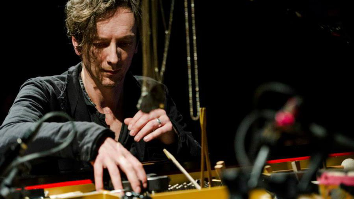 Hauschka is an experimental pianist based in Dusseldorf who integrates an assortment of toys into his piano playing.