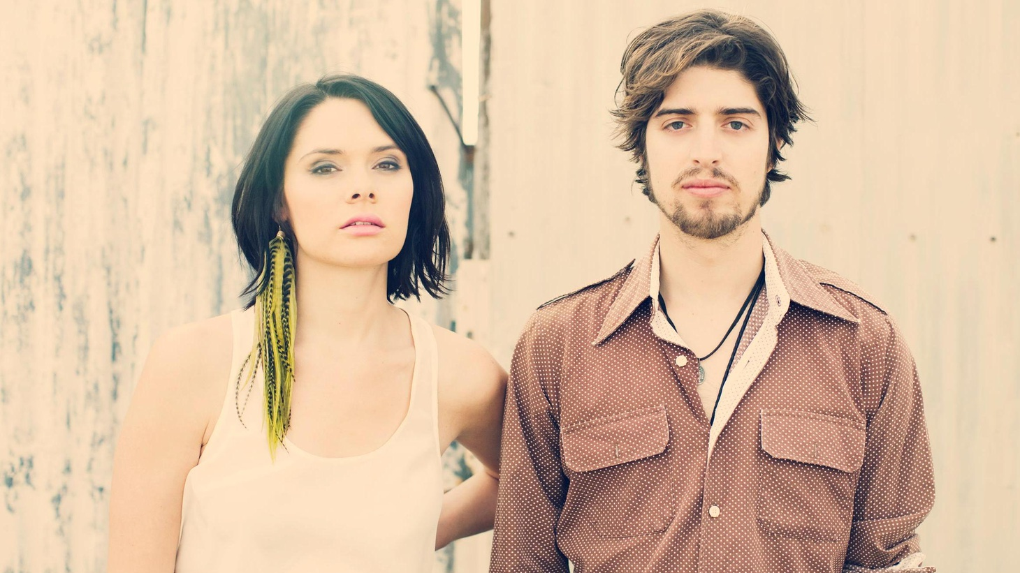 HoneyHoney is one of LA's most promising new bands. The duo sing Americana-tinged songs that reflect their love of cowboys and country...