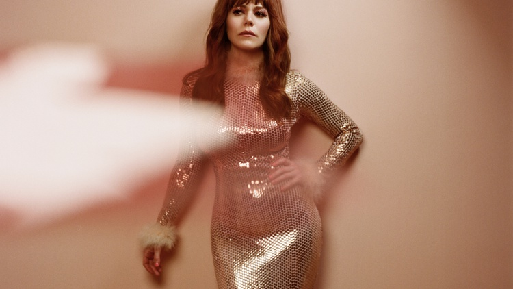 Jenny Lewis' voice is as alluring as her lyrics. At times punchy and defiant, but always warm and honest.