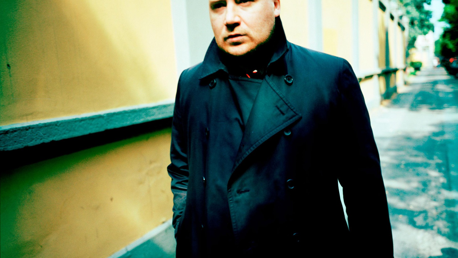 Icelandic pianist Jóhann Jóhannsson composes a range of elegant music from minimalist to baroque with cinematic overtones.