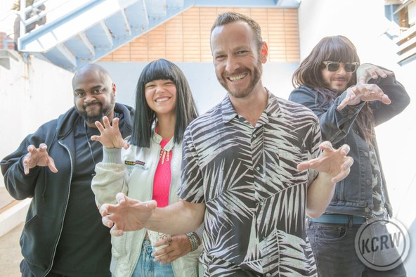 Khruangbin Morning Becomes Eclectic New Music Amp Live Performance Kcrw Kcrw