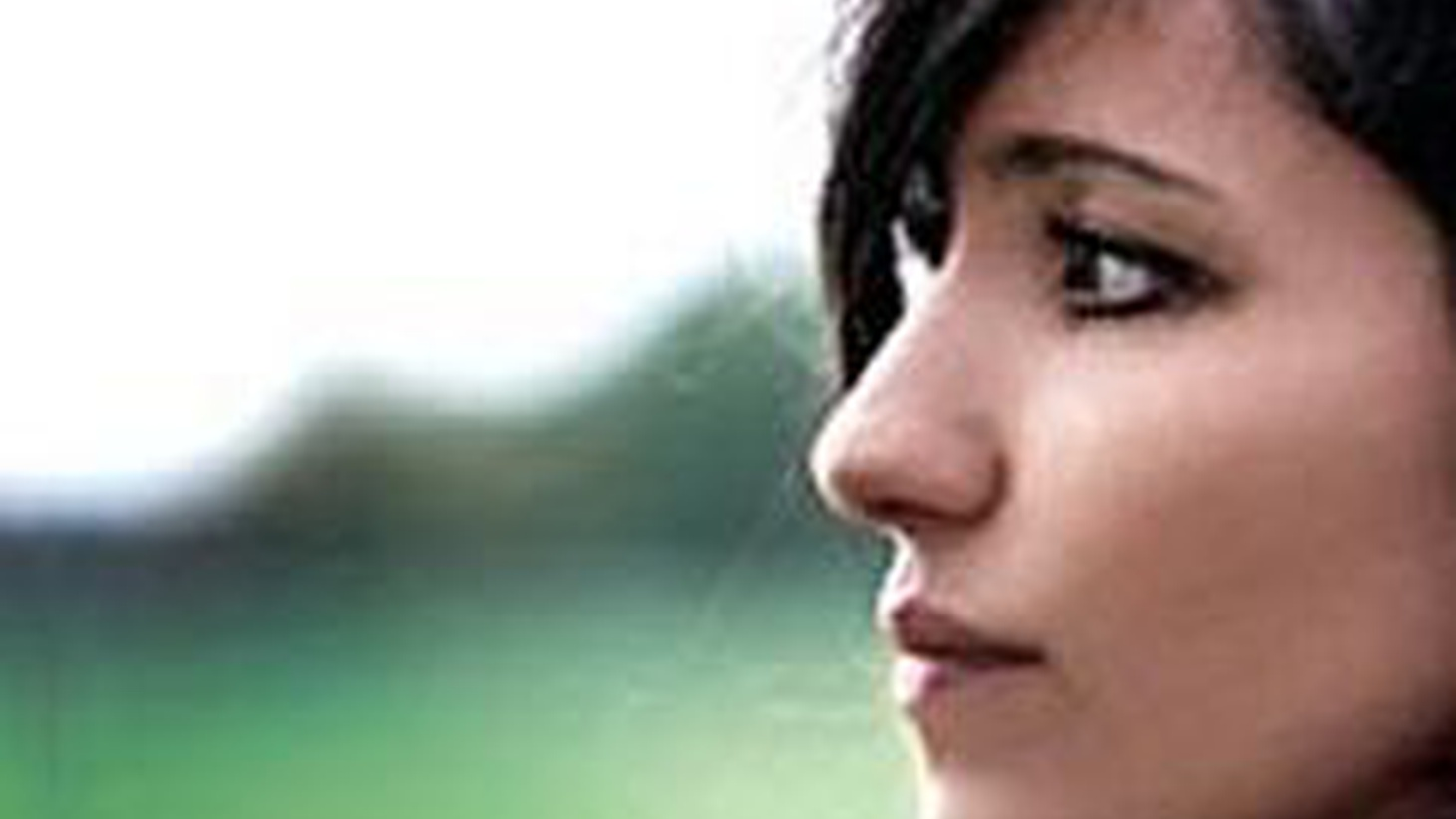 Scottish singer KT Tunstall performs solo guitar with a plethora of pedals for Morning Becomes Eclectic at 11:15am.