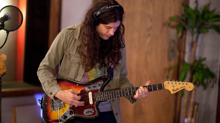 Kurt Vile made his MBE debut on the release day for his album, b'lieve i'm goin down, which was recorded in Los Angeles and Joshua Tree, among other locations.