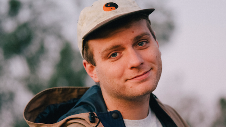 Mac Demarco is about to embark on his first solo tour and will give us a sneak peek with a short set at 10am.