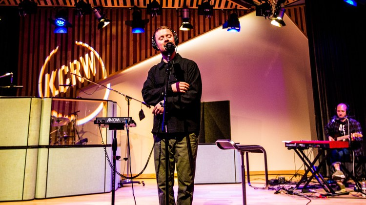 Maverick Sabre makes live US radio debut on Morning Becomes Eclectic