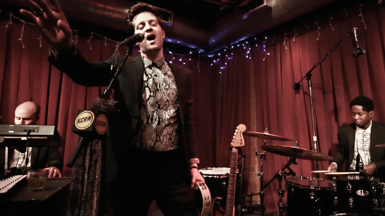 Soul singer Mayer Hawthorne knows how to put on a show. He hits many high notes -- literally and figuratively -- on his new record, Man about Town.