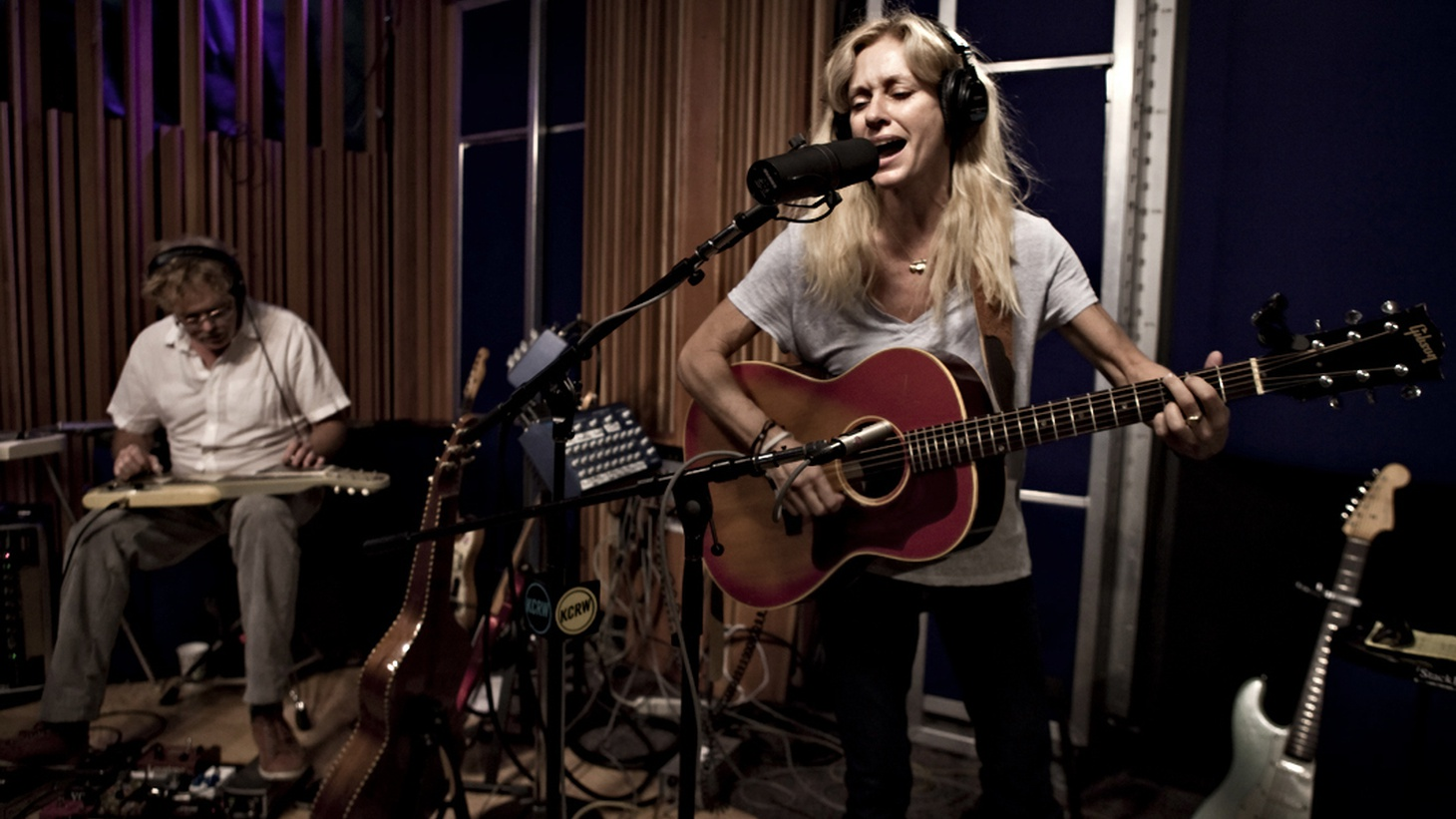 This edition of the Morning Becomes Eclectic Podcast features two distinct styles of music, from the classic sound of Southern Americana to the East Coast's take on summer vibes. We'll share live in studio highlights from Shelby Lynne and Vacationer.