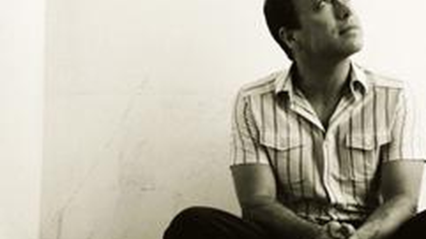 New York jazz trio, Medeski, Martin & Wood perform their material, live.