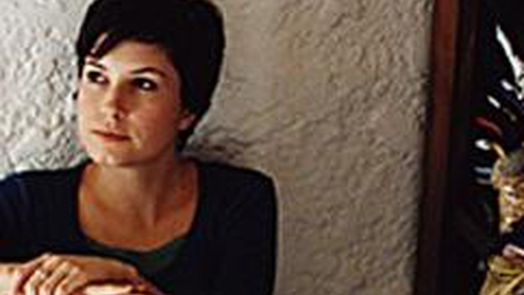 Singer and pianist Missy Higgins returns with songs from her latest release, On a Clear Night, to Morning Becomes Eclectic at 11:15am.