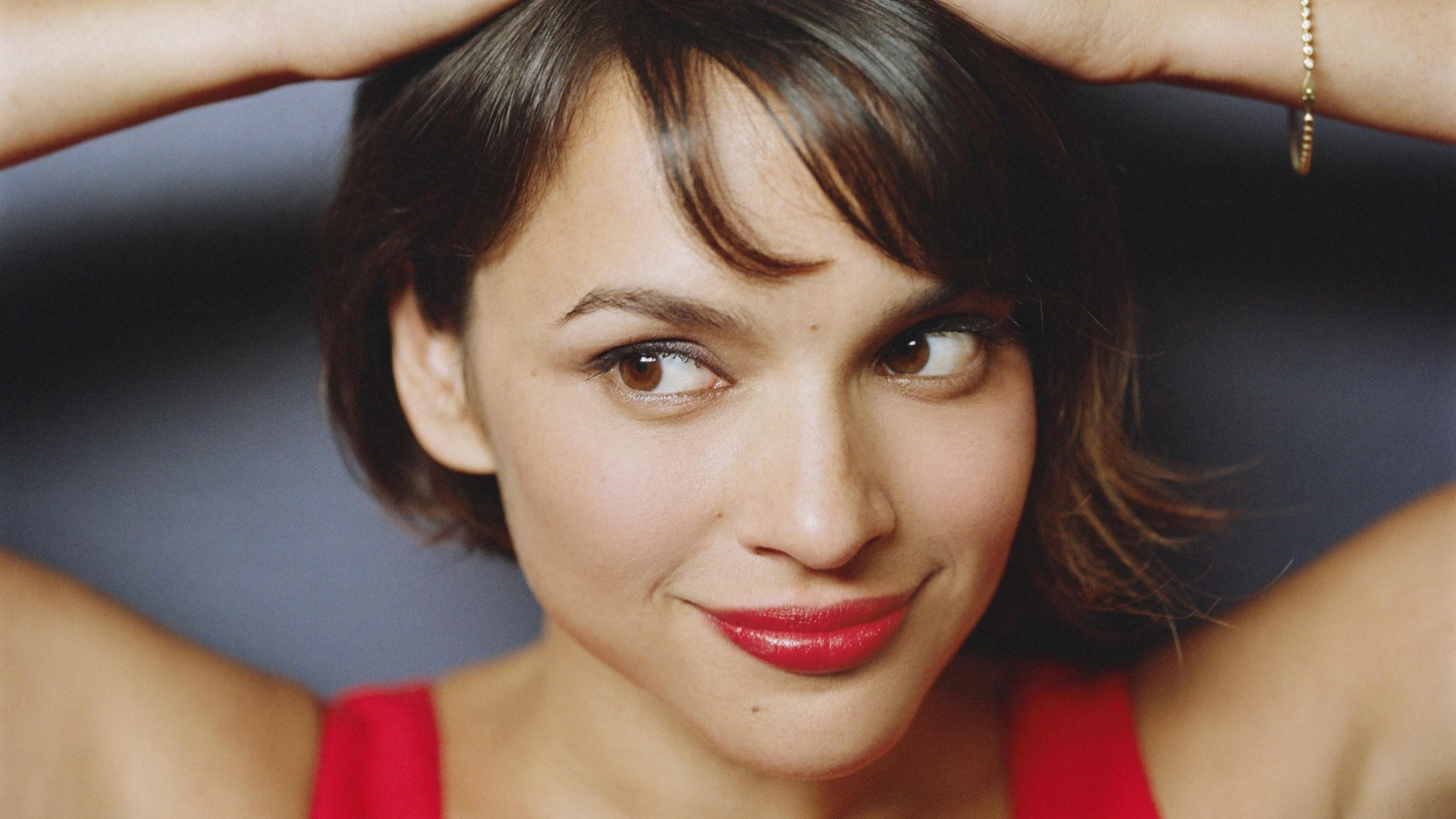 KCRW championed Norah Jones early in her career and we're proud to say the Grammy-award winning singer made her radio debut here. While she's normally seated at the piano, we're looking forward to her picking up a guitar and rocking out on songs from her latest release, The Fall, on Morning Becomes Eclectic at 11:15am.