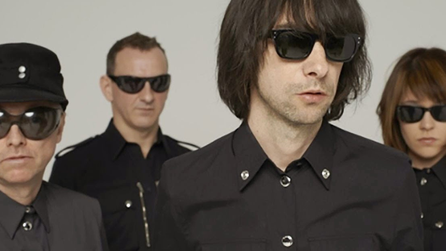 Scottish rockers Primal Scream bring psychedelic blues inflected with 60s vibes to our studio for a live set.