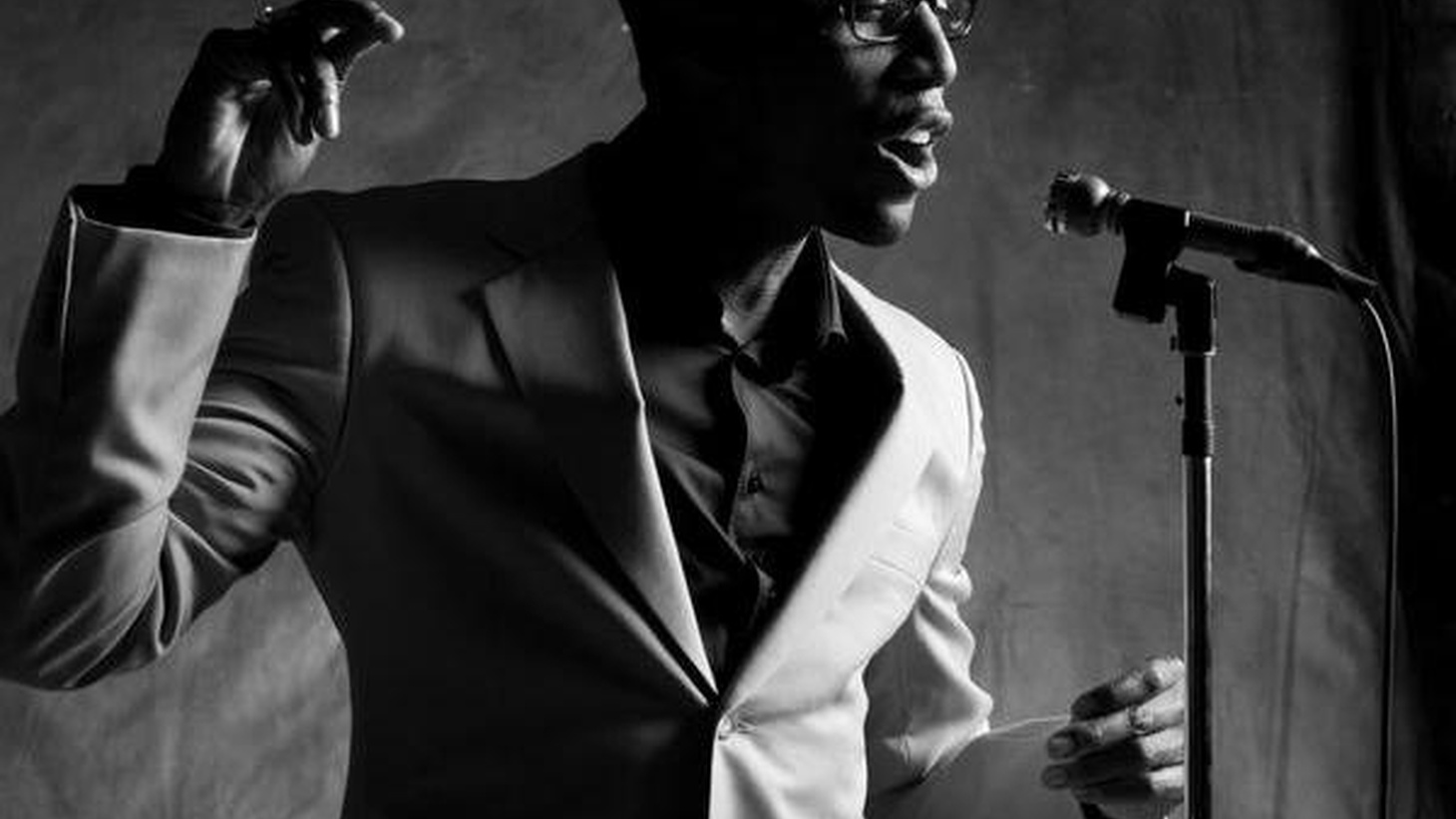 Soulful sound of Raphael Saadiq live on Morning Becomes Eclectic at 11:15am.