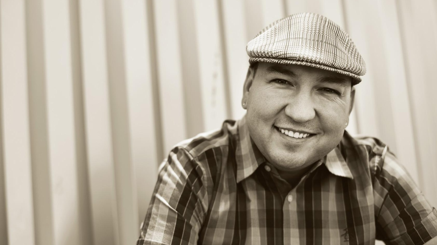 Raul Campos sits in for Jason Bentley on Morning Becomes Eclectic.