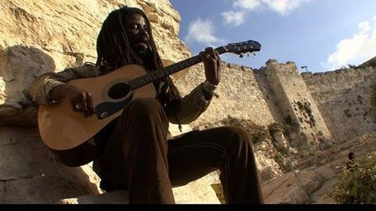 Ghanian superstar Rocky Dawuni melds reggae and African melodies and sprinkles them with positive and uplifting lyrics. Legends like Stevie Wonder and Peter Gabriel have joined him on stage and we'll hear why when Dawuni performs on Morning Becomes Eclectic at 11:15am.