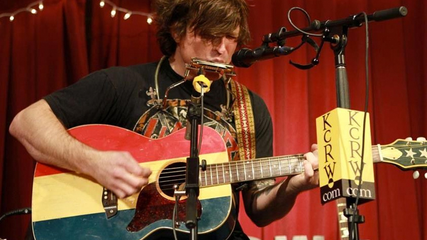 We broadcast an intimate solo performance with singer/songwriter Ryan Adams recorded for KCRW's Apogee Sessions in front of a live audience.
