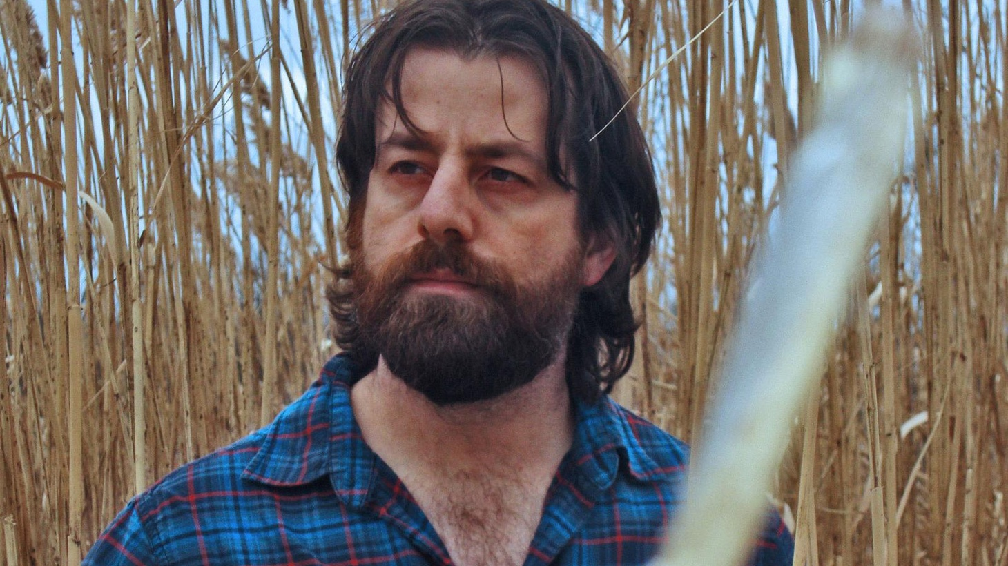 In the tradition of Leonard Cohen and Van Morrison, songwriter Sean Rowe has both an extraordinary voice and the ability to craft songs like a poet.
