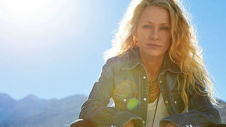For her thirteenth album, Grammy Award-winning singer Shelby Lynne returned to the South and produced a stunning collection of songs.