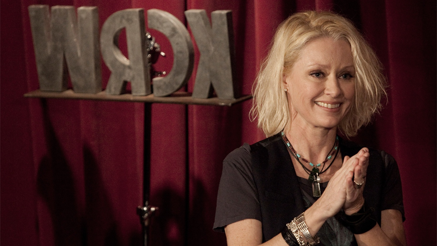 Grammy Award-winning singer Shelby Lynne performed a solo acoustic set in the intimate setting of KCRW's Apogee Sessions in front of a live audience early this year.