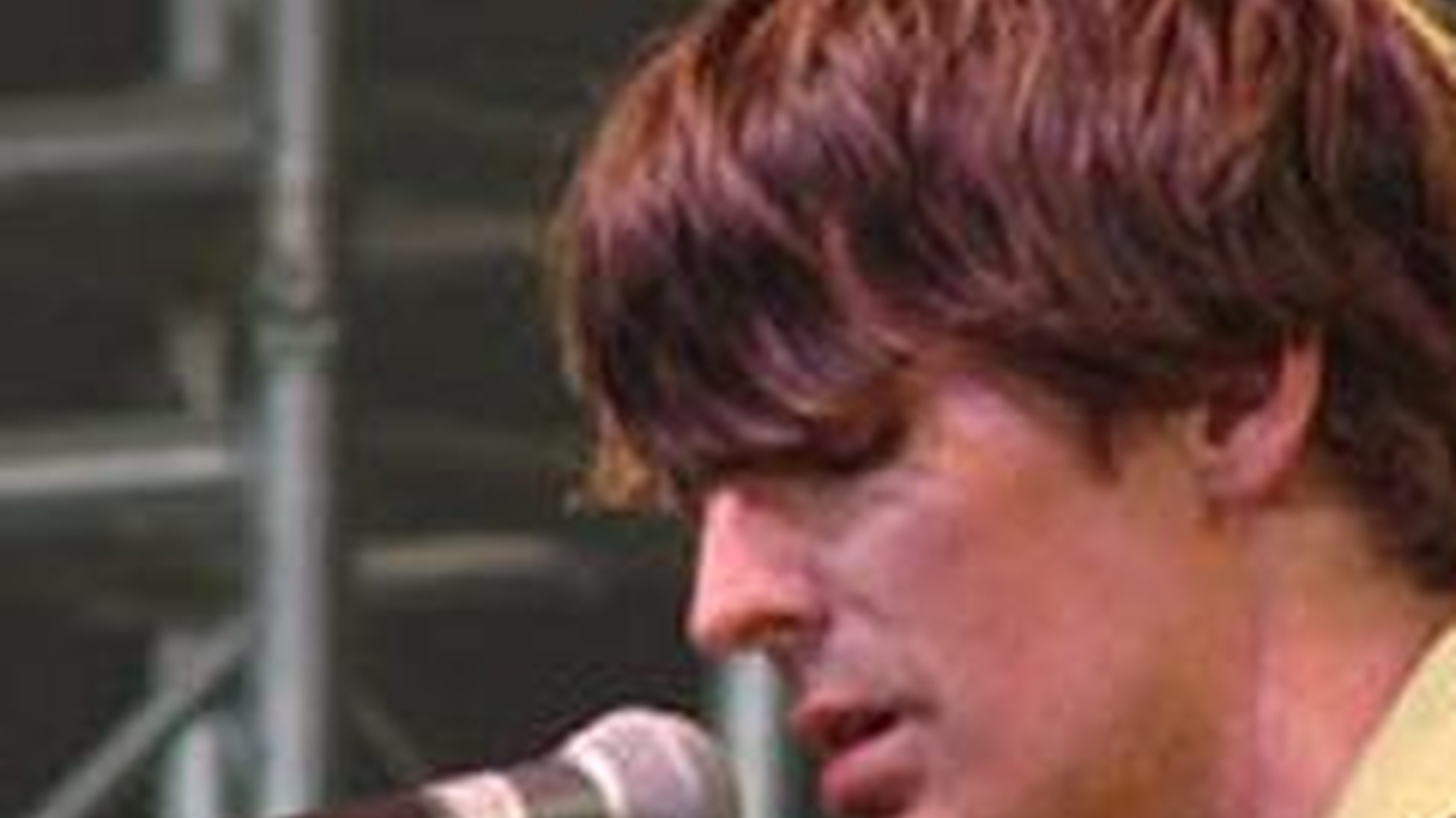 Pavement founder, Stephen Malkmus, performs solo and acoustic on Morning Becomes Eclectic at 11:15am. Click Here to Watch!