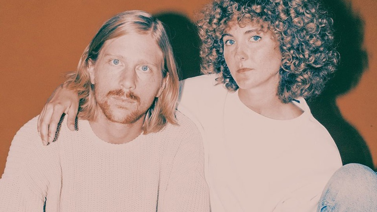 Husband-wife pop duo Tennis join us to for a sneak preview of their forthcoming album Yours Conditionally, due in March.