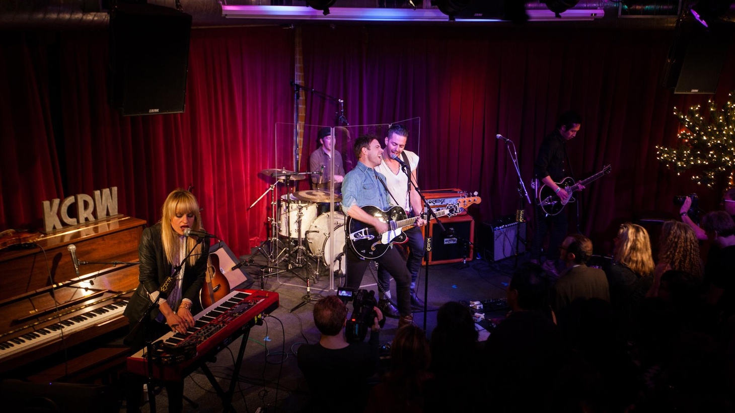 The Airborne Toxic Event have been road warriors over the last few years and returned to LA to present some of their new songs in a live set at KCRW's Apogee Sessions.