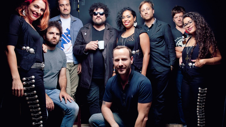 On his new side project The Arcs, The Black Keys' frontman Dan Auerbach satiates his thirst as music maker with a group of hand-picked studio musicians that includes Richard Swift.