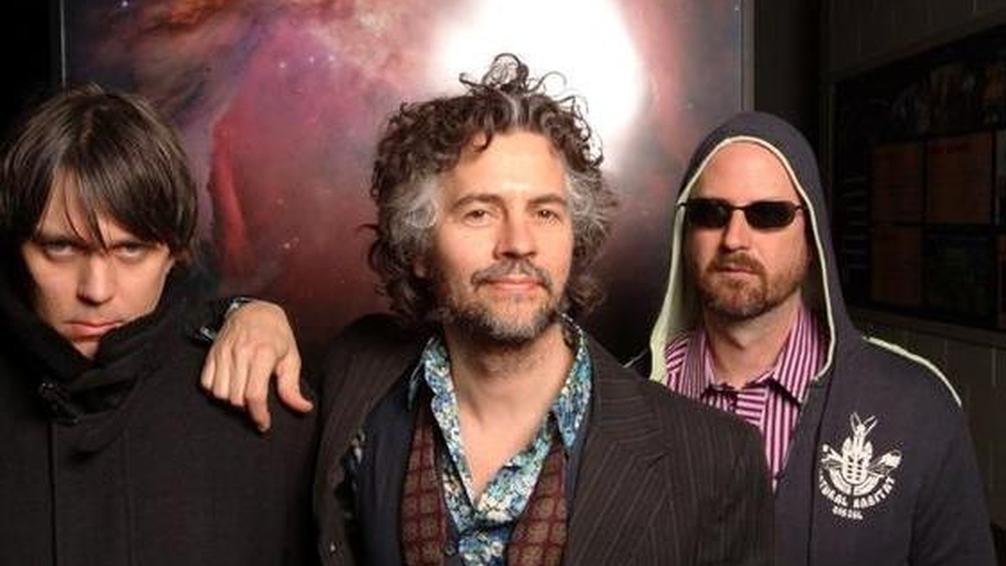 "The Flaming Lips' calling card might be their mind-melting live performances. No exception here, as they run through a batch of tracks from 2009's trippy ""Embryonic,"" live on KCRW. Step back into the rabbit hole with Wayne Coyne and company."