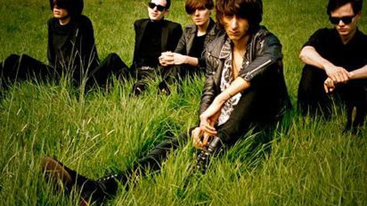 The Horrors harness a soaring psychedelic sound with 80's influences that has made them a mainstay on our airwaves the last couple years...