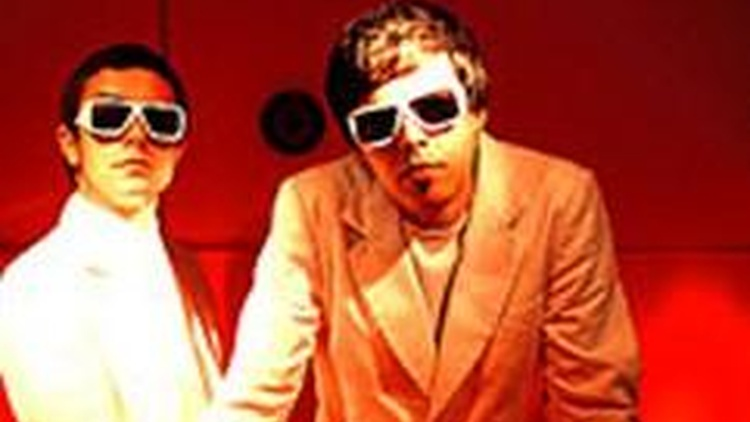 Barcelona-based duo, The Pinker Tones, combine the intensity of a rock band with the aesthetic of a dj set on Morning Becomes Eclectic at 11:15am.