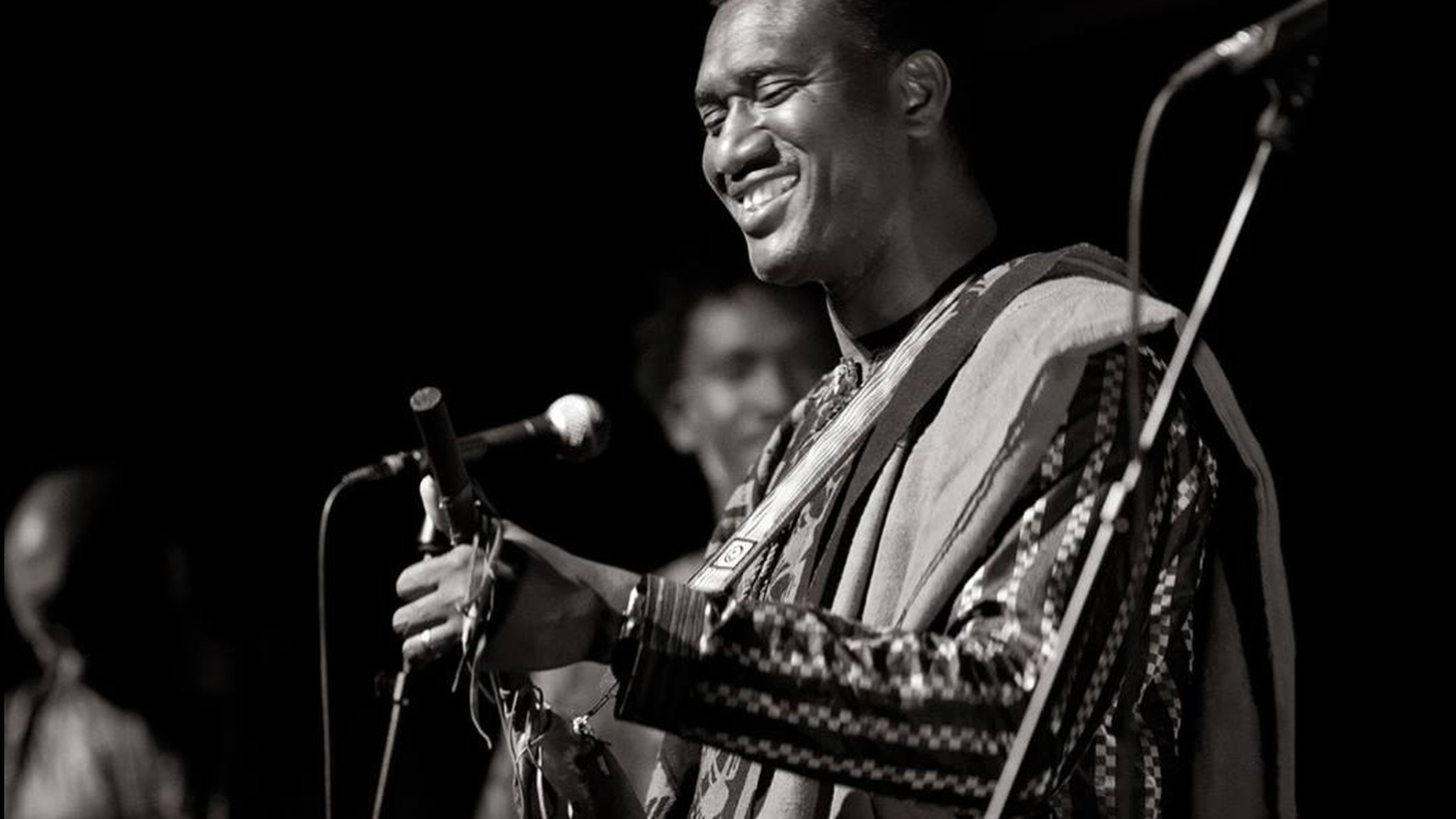 Rhythm Planet host Tom Schnabel visits MBE to share some magnificent Malian music from Bassekou Kouyaté and Les Ambassadeurs. (10am)