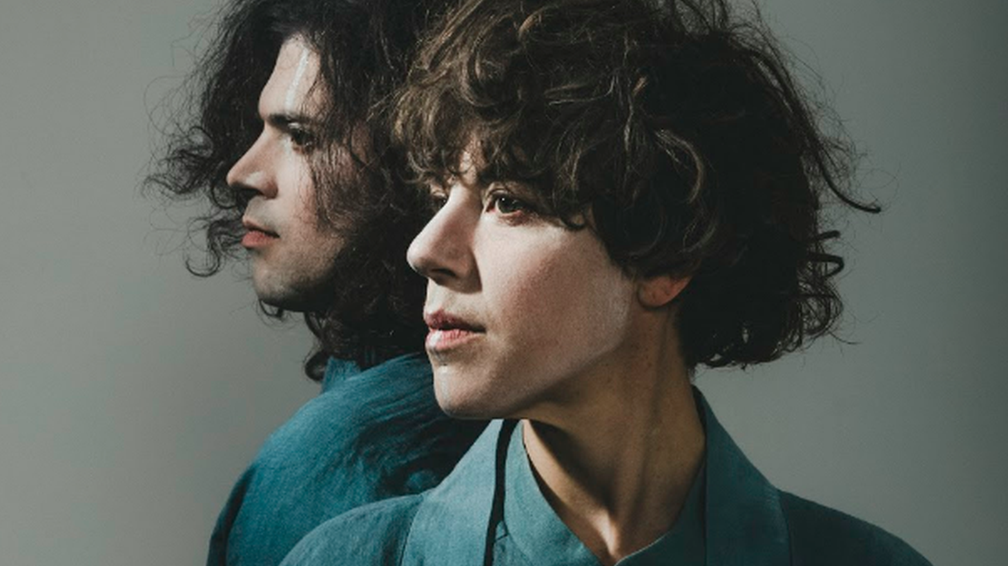 For the 4th Tune-Yards full length album I can feel you creep into my private life, bandleader Merrill Garbus turned to her longtime bass player Nate Brenner as her producing partner.