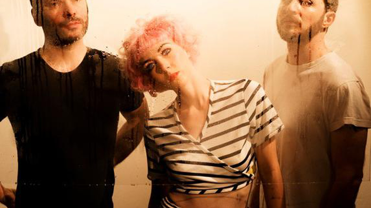 Radiohead producer Nigel Godrich and Beck's drummer Joey Waronker team up with vocalist Laura Bettinson as Ultraísta.