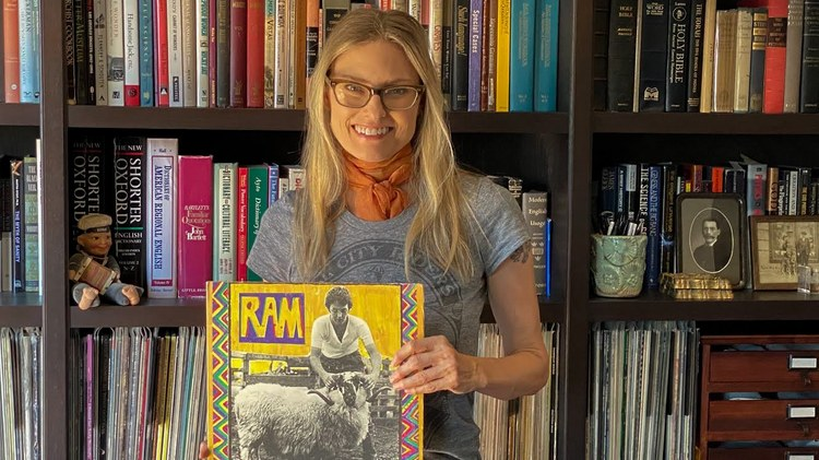 Acclaimed singer-songwriter Aimee Mann joins KCRW's Private Playlist to talk about Judee Sill's deceptive sweetness, the unspoken vulnerability of Steely Dan, and Linda McCartney's…
