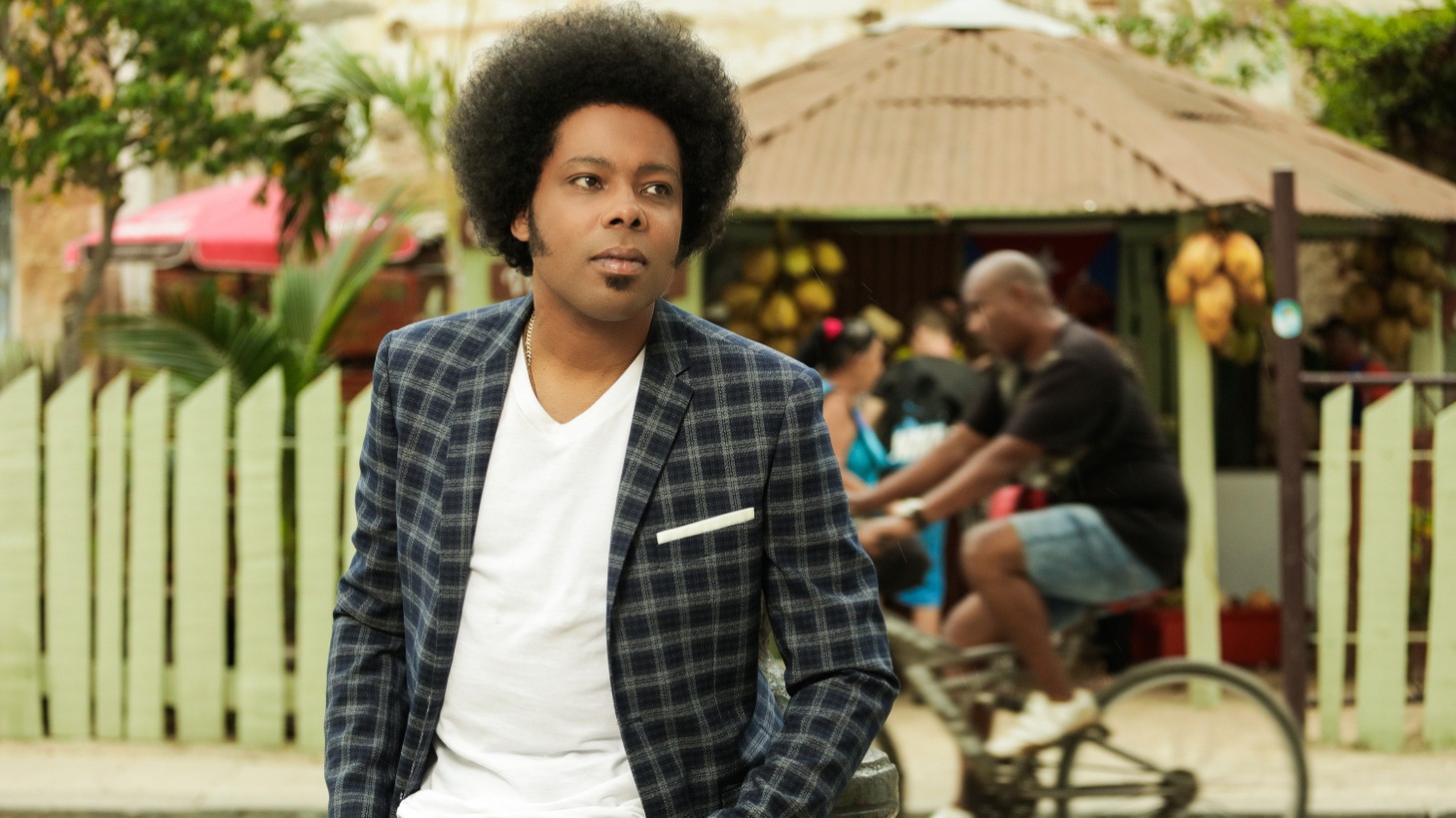4-time Latin Grammy winner Alex Cuba is back with an acoustic album that is replete with his characteristic optimism. Several duets abound pairing him with Mexico City notables, as well as some of the brightest voices from his native Cuba.