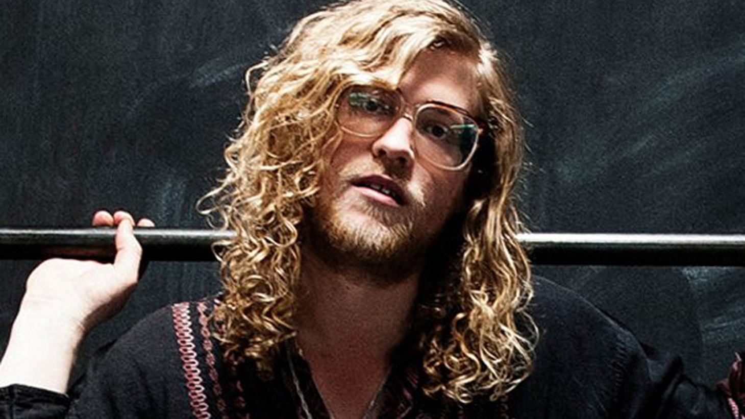 Allen Stone is committed to making uncompromisingly soulful songs.  A deluxe edition of his last album, Radius, will be released on March 25th.