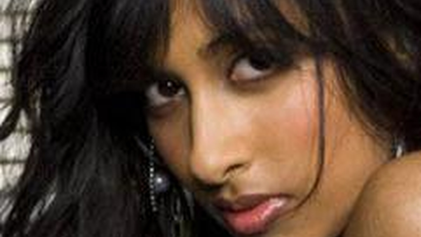 Seductive newcomer Anjulie blends a 60's vibe with catchy melodies and lyrics. Today's Top Tune preceeds her forthcoming debut, the song is Boom.