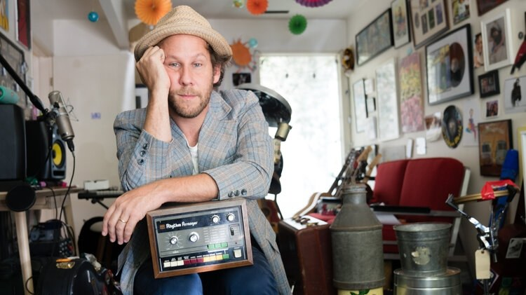 Ben Lee recorded his first album as a teenager back in '95 and to commemorate the event, Lee is set to release an album of covers from some of his favorite artists during that time.