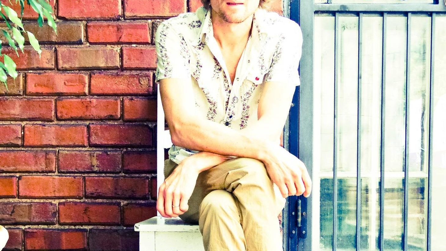 """Nashville-based singer songwriter Brendan Benson has been hard at work on a new solo recording due in November.Preview the album with Today's Top Tune,""""Swimming""""."""