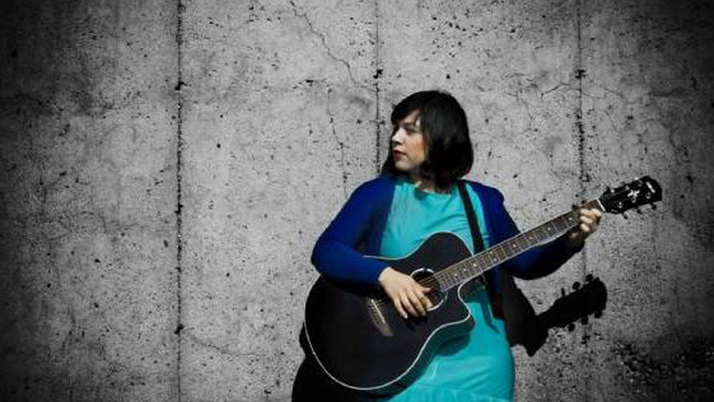 """Carla Morrison is an artist to watch from Tecate, Mexico. She's a one-woman band who creates songs by employing pedals, loops, keys and her guitar. I can't stop listening to her music and hopefully you'll latch onto Today's Top Tune, """"Yo Sigo AquÍ,"""" from Mientras Tú Dormías."""