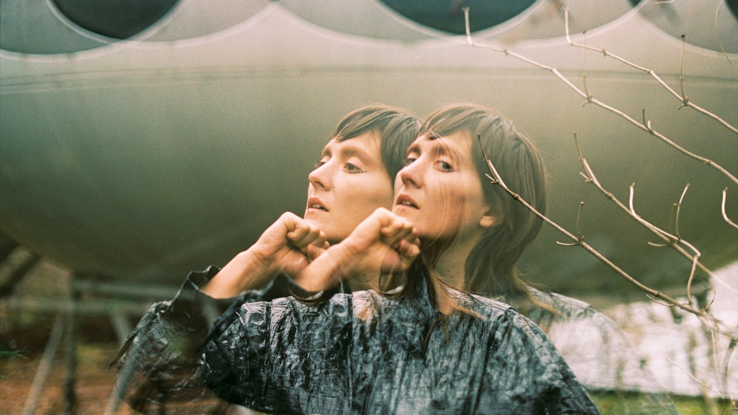 Welsh-born, LA-based songstress Cate Le Bon has a distinctive indie-rock sound that threads all the way through her forthcoming fourth album, Crab Day.