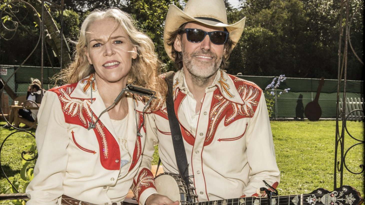 Gillian Welch and Dave Rawlings have been making beautiful music together for years. As the Dave Rawlings Machine the duo have written and recorded their new album on analog tape in Nashville.