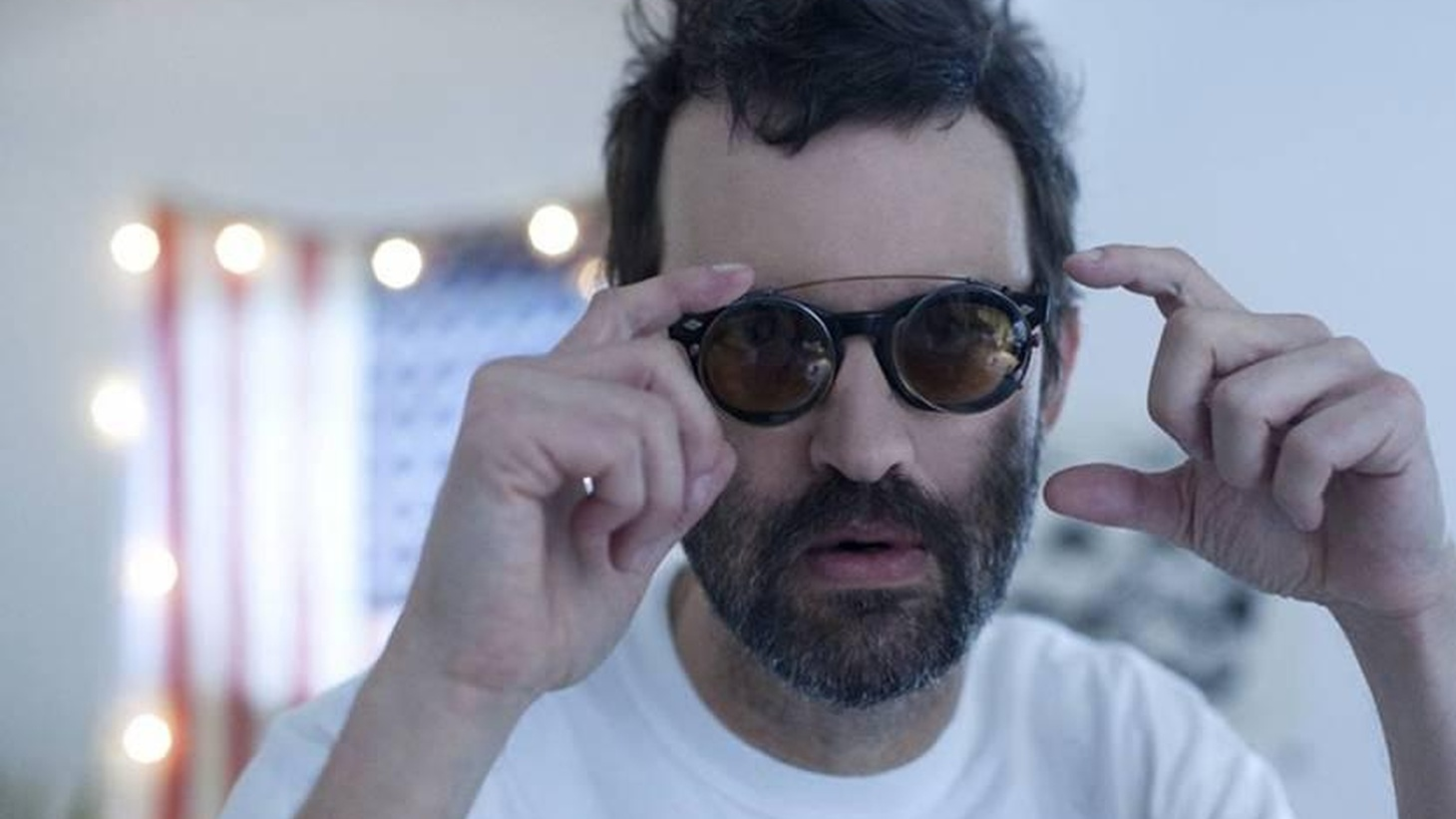 Mark Oliver Everett, best known as frontman for his band Eels celebrates a birthday today. What better way to celebrate than with a new track from his upcoming release.