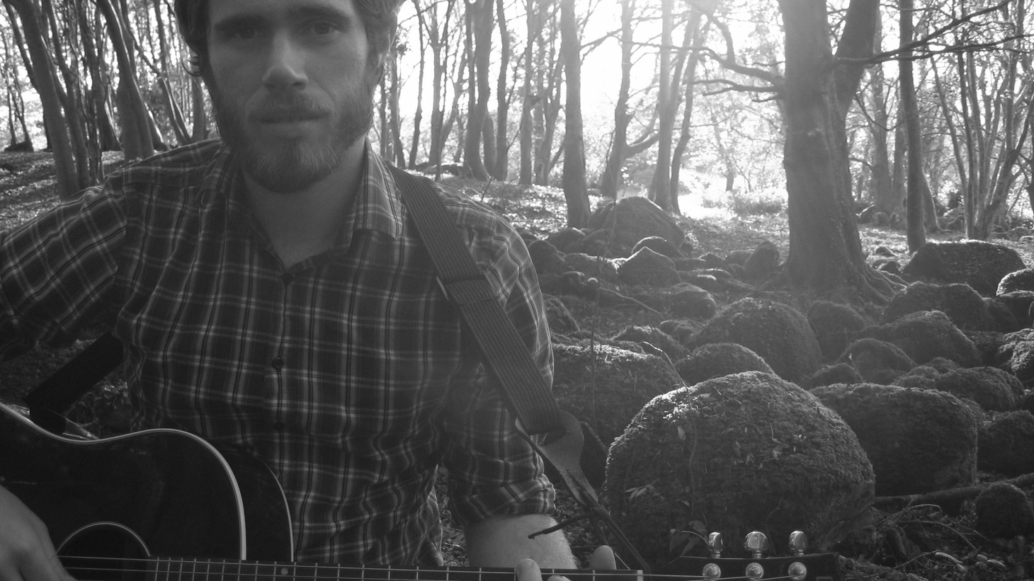 "Irish singer James Vincent McMorrow takes a sculptor's approach to songwriting, allowing melodies and lyrics to emerge. Recorded over a five month period in an isolated house by the sea, his debut opens with Today's Top Tune ""If I Had a Boat."""