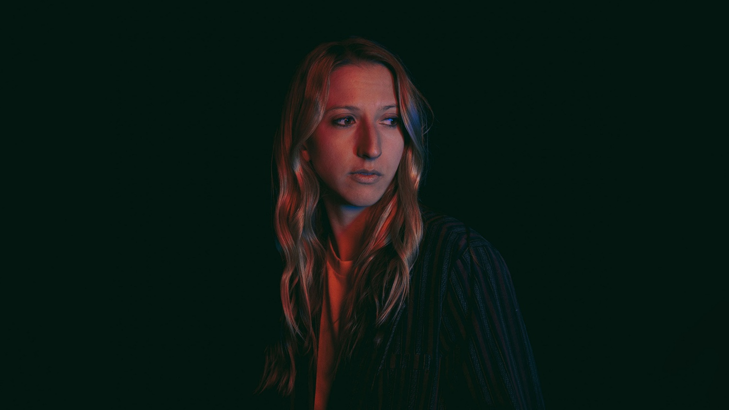 """Jenny Kern lures you in with a whisper and an appeal. """"Coming Back For Me"""" is a brand new song from this Canadian-born singer."""