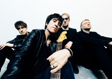 Johnny Marr: Hi Hello