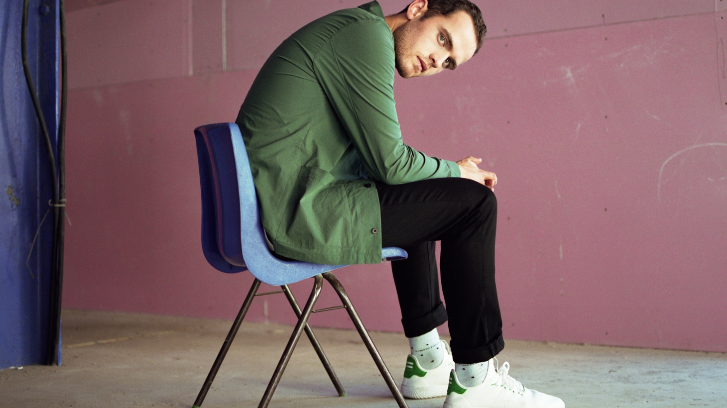 """Jordan Rakei combats his inner demons by penning soul-stirring songs. """"Eye To Eye"""" is his most personal opus to date; and finds the artist taking risks and making leaps both personally and professionally."""