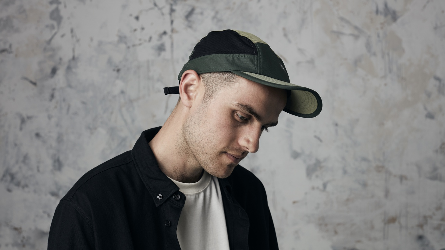 Vocalist, producer, and multi-instrumental musician Jordan Rakei transmits a sonic dispatch from his London base to his family in Australia, letting them know he's doing fine.